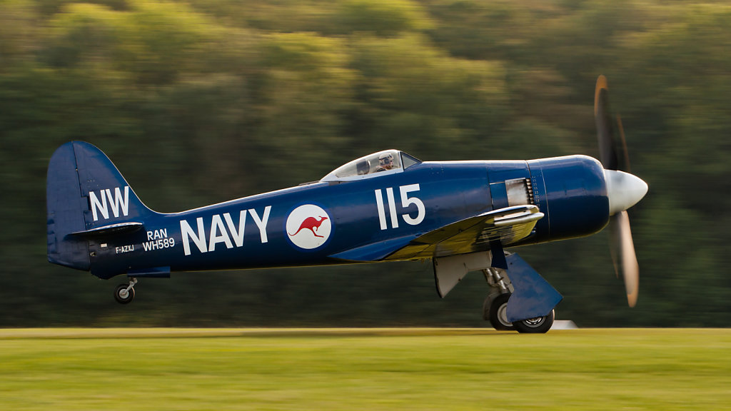 Hawker Sea Fury FB 10 (reg. F-AZXJ (115), cn 37733, built in 1944). Engine: Wright Centaurus XVIII. The aircraft was built for Iraqi AF as 316 (1958), destroyed in 2001 as reg. N56SF, rebuilt in the livery of RAN WH589 (cn 41H/636336, FB11).