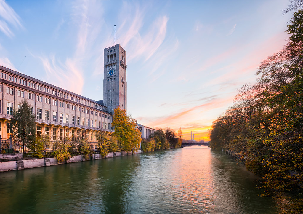 Central building of the Deutsches Museum (German Museum), Museumsinsel, Munich, Germany.