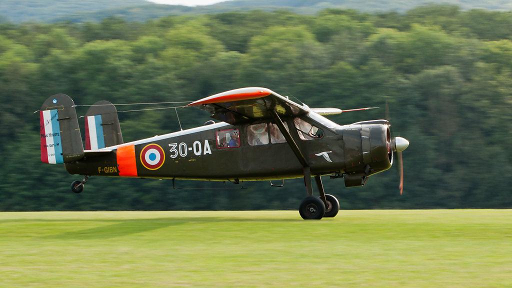 Max Holste MH-1521M Broussard (reg. F-GIBN (30-QA), cn 261, built in 1960). Engine: PW R981-AN14.