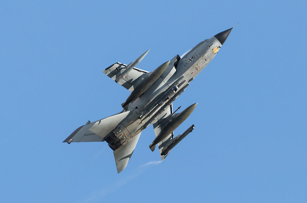 46+22 German Air Force Panavia Tornado IDS ILA 2012